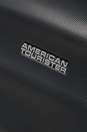 Walizka American Tourister Wavebreaker 55 cm czarna